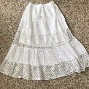 Dresses & Skirts - Spring white tiered ruffle skirt